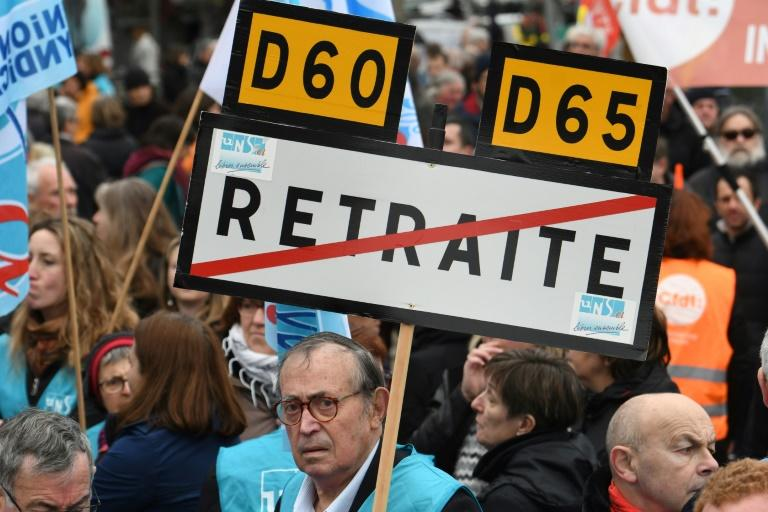 Unions say millions will have to work beyond the legal retirement age of 62 (AFP Photo/Fred TANNEAU)