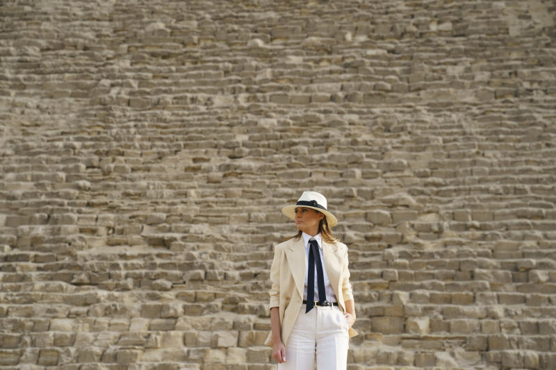 First lady Melania Trump visits the historical site of the Giza Pyramids in Giza, near Cairo, Egypt. Saturday, Oct. 6, 2018. First lady Melania Trump is visiting Africa on her first big solo international trip. (AP Photo/Carolyn Kaster)