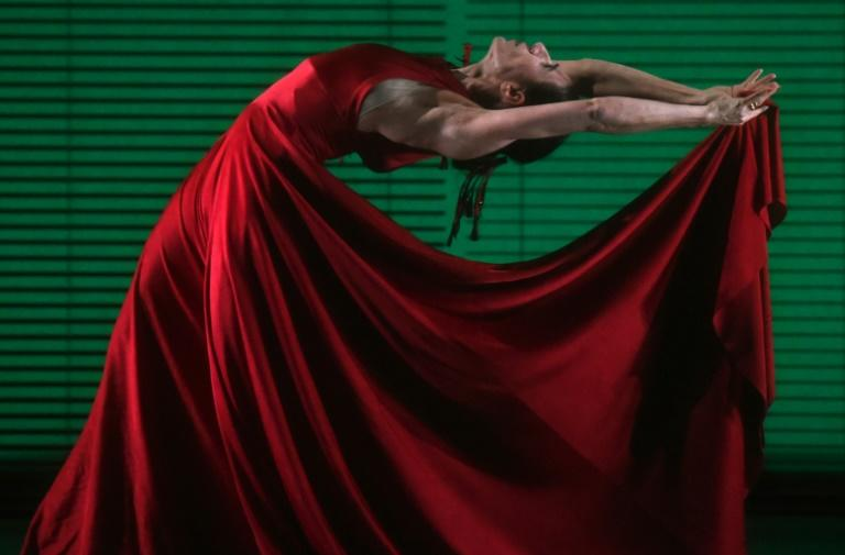 """Spanish dancer/choreographer Blanca Li's two woman show """"Goddesses & Demonesses,"""" at the City Center in New York is an impassioned tribute to the power of women"""