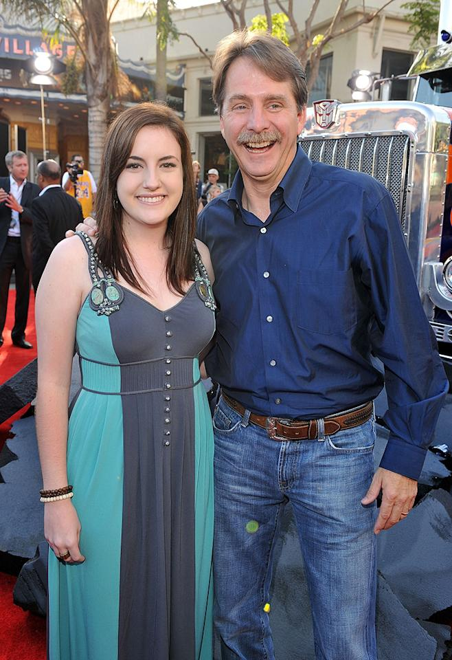 "<a href=""http://movies.yahoo.com/movie/contributor/1800221458"">Jeff Foxworthy</a> and guest at the Los Angeles premiere of <a href=""http://movies.yahoo.com/movie/1809943432/info"">Transformers: Revenge of the Fallen</a> - 06/22/2009"