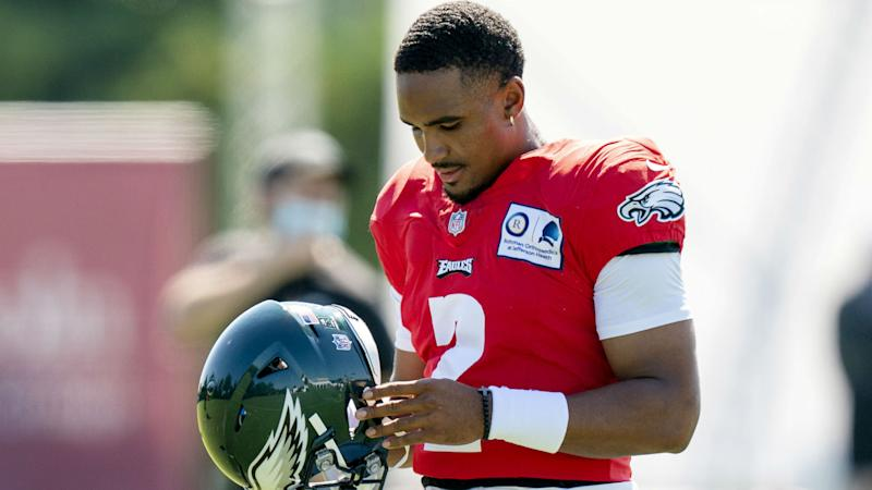 Jalen Hurts Fantasy Outlook: Will rookie QB get playing time for Eagles in 2020?
