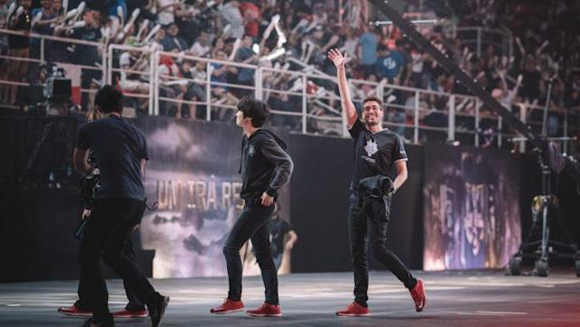 "G2 Esports' Alfonso ""Mithy"" Aguirre Rodríguez walks offstage after defeating Team WE 3-1 at the 2017 Mid-Season Invitational (Riot Games/lolesports)"
