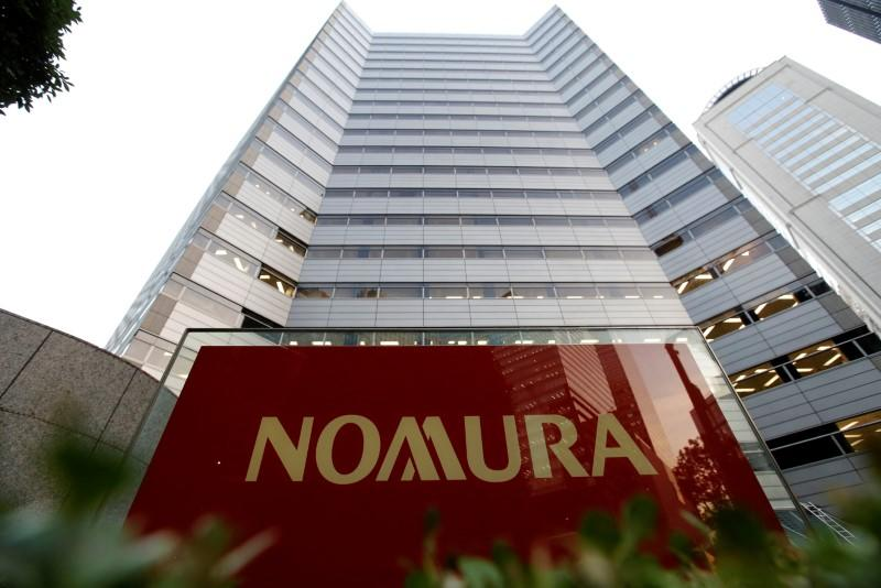 Nomura considers having fewer staff at headquarters permanently