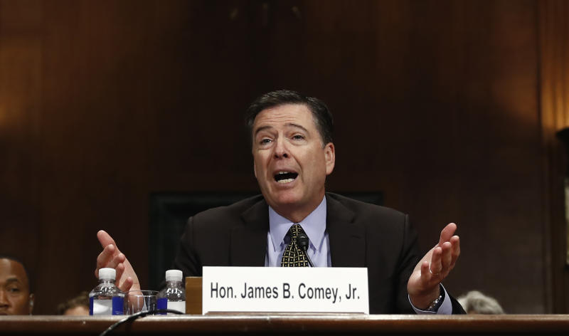 FBI chief says he had to tell Congress of Clinton email news