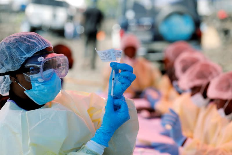 Half a million Ebola vaccine doses to be stockpiled for emergency use