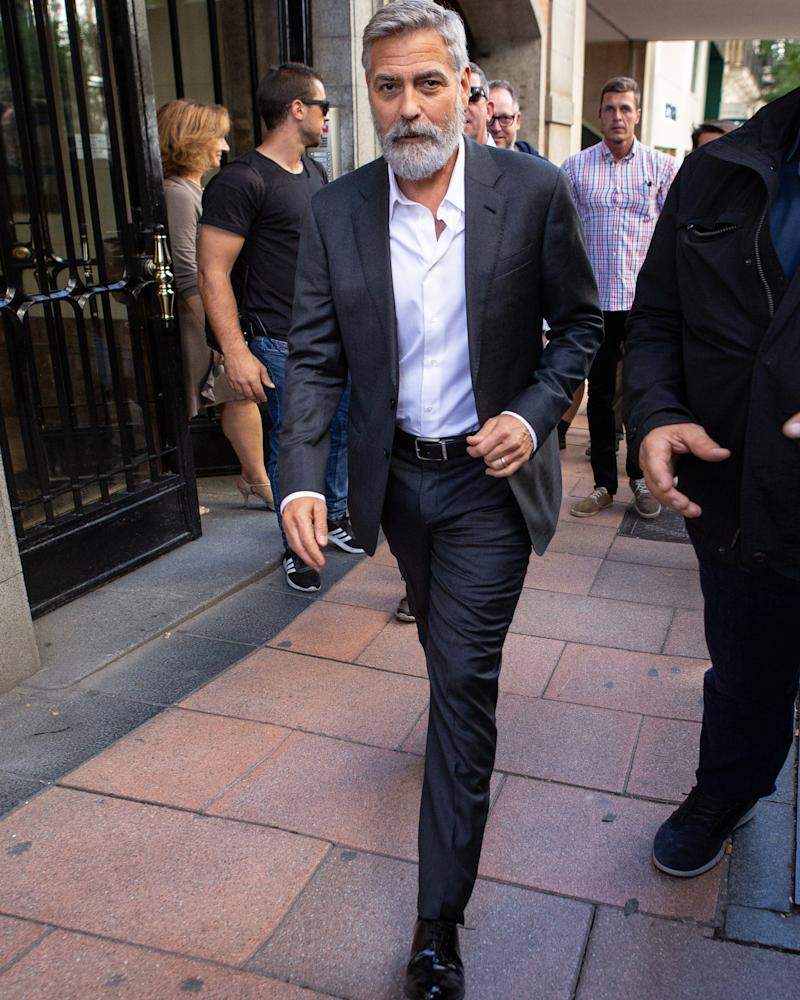 A hearty good afternoon to George Clooney's excellent beard.
