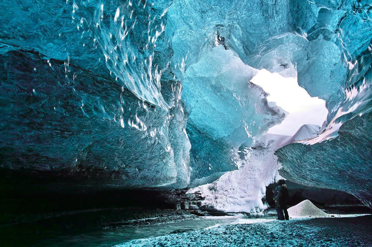 Ice cave adventure in Iceland by masamonster