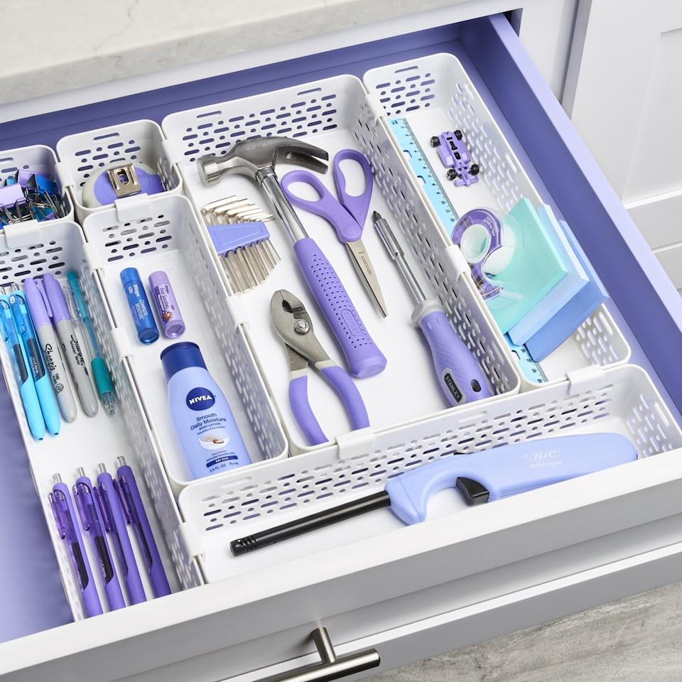 """<p>This <a href=""""https://www.popsugar.com/buy/YouCopia-LinkedBin-Utensil-Silverware-Drawer-Organizer-464588?p_name=YouCopia%20LinkedBin%20Utensil%20and%20Silverware%20Drawer%20Organizer&retailer=amazon.com&pid=464588&price=20&evar1=casa%3Aus&evar9=46525865&evar98=https%3A%2F%2Fwww.popsugar.com%2Fhome%2Fphoto-gallery%2F46525865%2Fimage%2F46526236%2FYouCopia-LinkedBin-Utensil-Silverware-Drawer-Organizer&list1=shopping%2Corganizing%2Corganization%2Chome%20organization%2Chome%20shopping&prop13=mobile&pdata=1"""" rel=""""nofollow"""" data-shoppable-link=""""1"""" target=""""_blank"""" class=""""ga-track"""" data-ga-category=""""Related"""" data-ga-label=""""https://www.amazon.com/YouCopia-LinkedBin-Utensil-Silverware-Organizer/dp/B075MC3JFY?ref_=bl_dp_s_web_3262312011"""" data-ga-action=""""In-Line Links"""">YouCopia LinkedBin Utensil and Silverware Drawer Organizer</a> ($20) is so cool because you can mix and match the pieces into a shape that works for your space.</p>"""