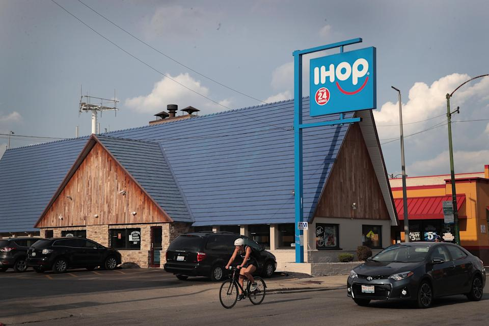 A recovering addict picked up a $77 check for a group of EMTs at IHOP. (Photo: Getty Images)