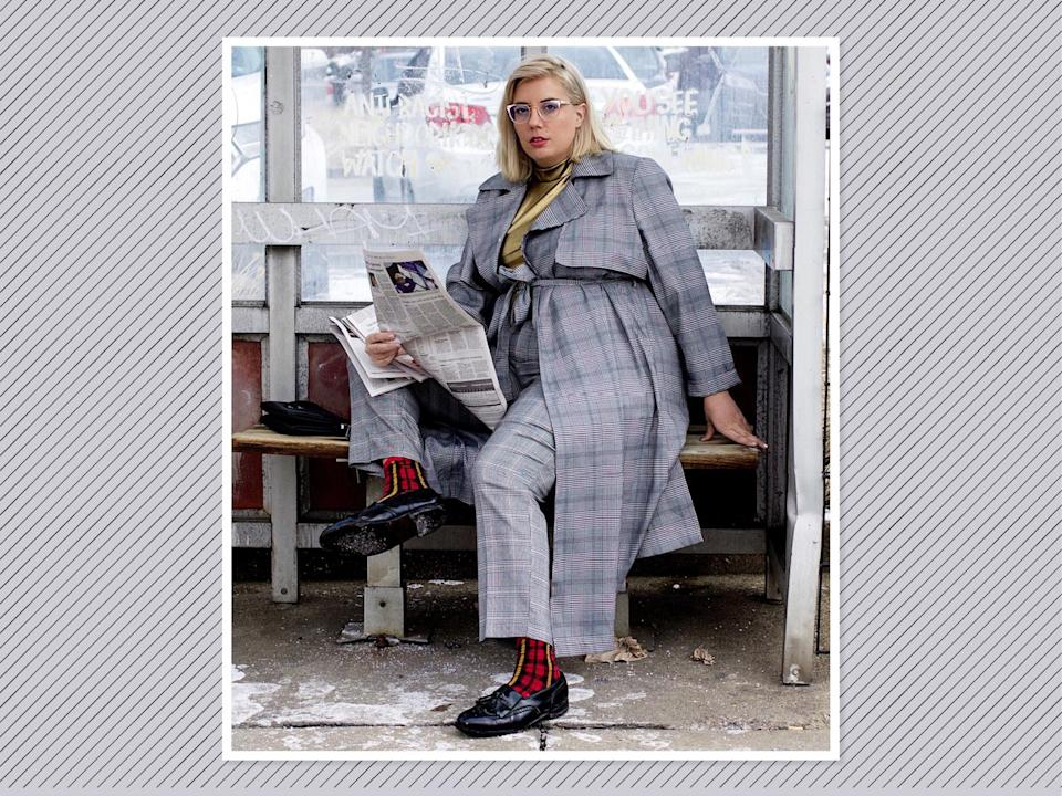 "<p>Go newsboy chic by opting for a gray plaid-on-plaid moment, like <a rel=""nofollow noopener"" href=""https://www.fashionnova.com/collections/plus-jackets/products/pencil-you-in-long-duster-black-white"" target=""_blank"" data-ylk=""slk:this plaid duster from Fashion Nova Curve"" class=""link rapid-noclick-resp"">this plaid duster from Fashion Nova Curve</a>, $30, with a pop of metallic in the top for some flare. (Photo: <a rel=""nofollow noopener"" href=""https://www.instagram.com/p/BfrCPggn8o3/?hl=en&taken-by=jamie_jetaime"" target=""_blank"" data-ylk=""slk:Jamie Hamilton"" class=""link rapid-noclick-resp"">Jamie Hamilton</a> via Instagram) </p>"