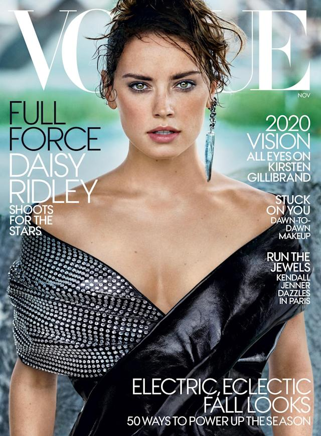 Daisy Ridley looks fierce on the cover of <em>Vogue</em>. (Photo: Mario Testino for Vogue Magazine)