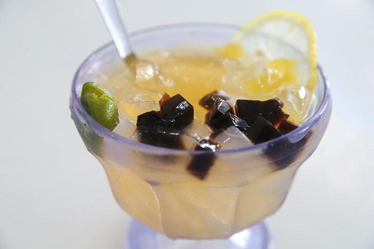 The 'kopitiam' also serves a refreshing lemon jelly ice that is perfect for the hot weather