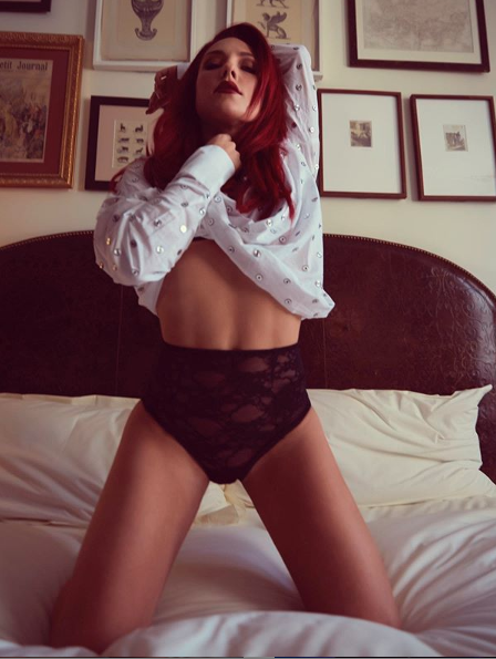 Sharna is no stranger to a sexy snap. Photo: Instagram/ sharnaburgess