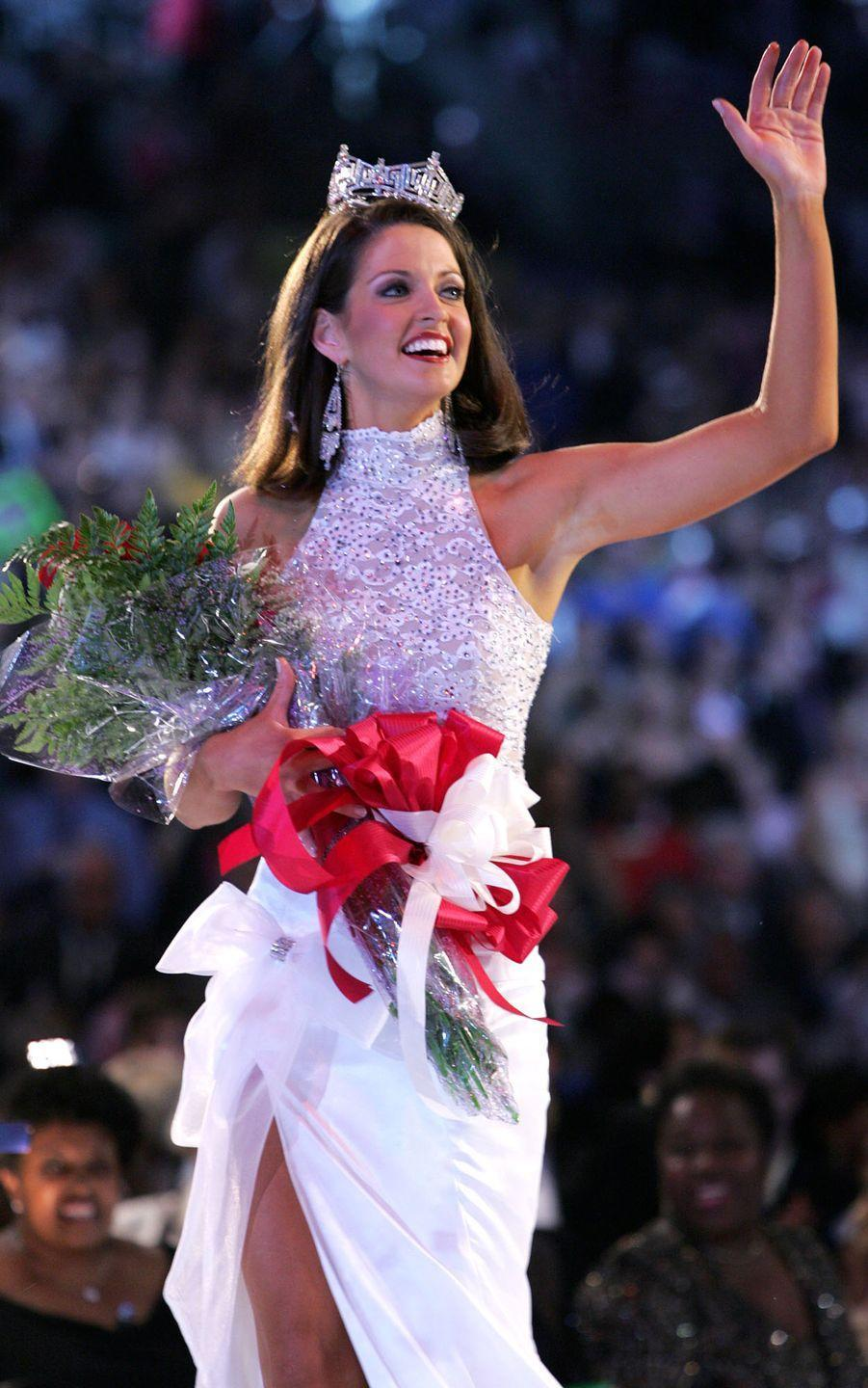 <p>Deidre Downs from Alabama added a little extra flair to her halter gown with a big bow. </p>