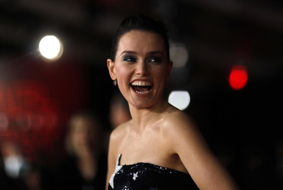 """World Premiere of """"Star Wars: The Last Jedi"""" – Arrivals – Los Angeles, California, U.S., 09/12/2017  – Actress Daisy Ridley poses. REUTERS/Mario Anzuoni"""