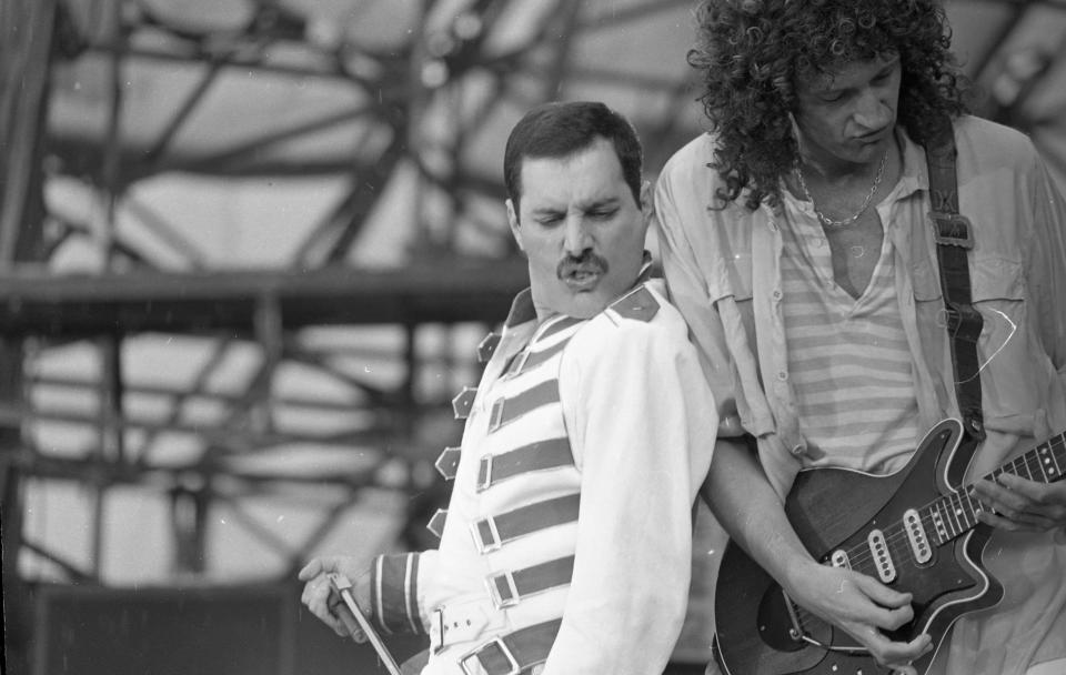 Freddie Mercury, lead singer of Queen, performing at Slane Castle, 05/07/1986 (Part of the Irish Independent Newspapers/NLI Collection). (Photo by Independent News and Media/Getty Images)