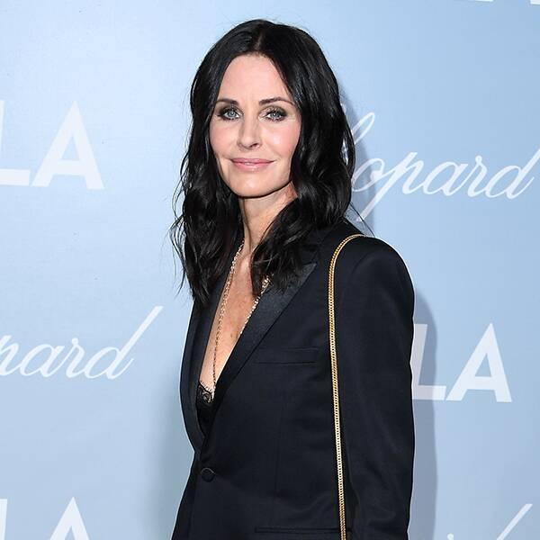 Courteney Cox Pays Homage to Her Scream 3 Hairstyle for Halloween… Again
