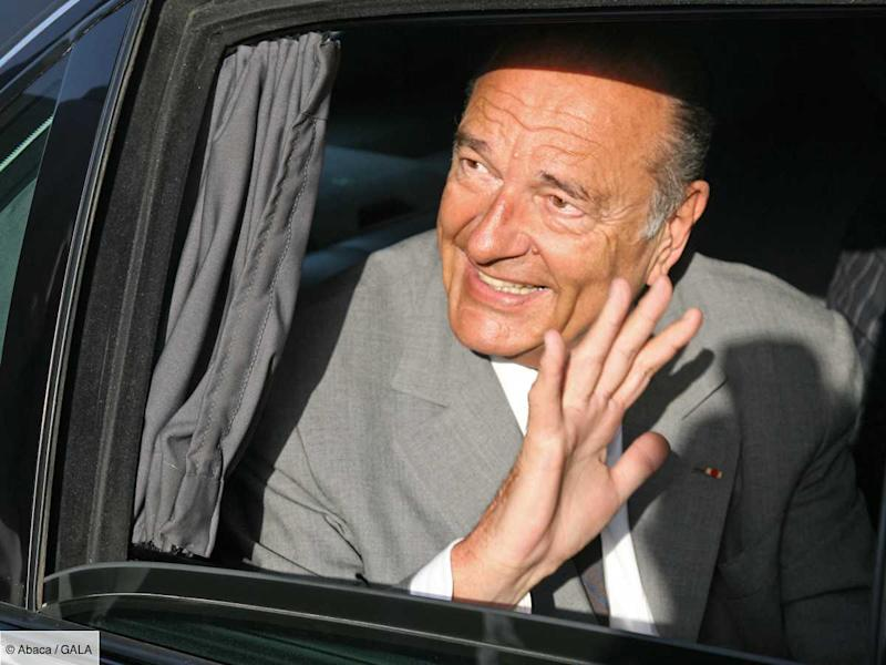 Jacques Chirac victime d'un accident de voiture… à cause d'une jolie fille