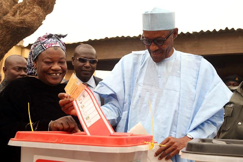 The All Progressive Congress (APC) shows Nigeria's President-elect Muhammadu Buhari casting his vote for the Governorship and House of Assembly election in Daura, Katsina State, on April 11, 2015 (AFP Photo/Sunday Aghaeze)