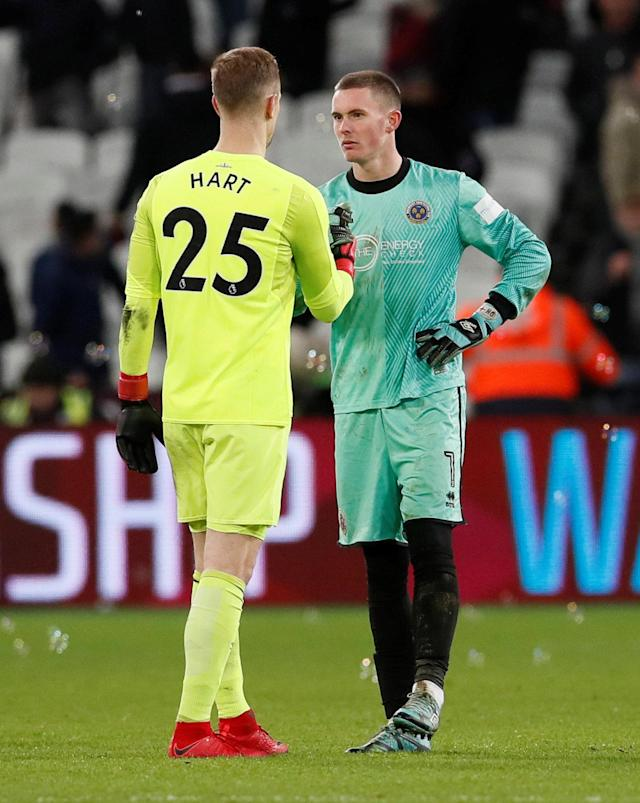 Soccer Football - FA Cup Third Round Replay - West Ham United vs Shrewsbury Town - London Stadium, London, Britain - January 16, 2018 West Ham United's Joe Hart and Shrewsbury Town's Dean Henderson after the match REUTERS/David Klein