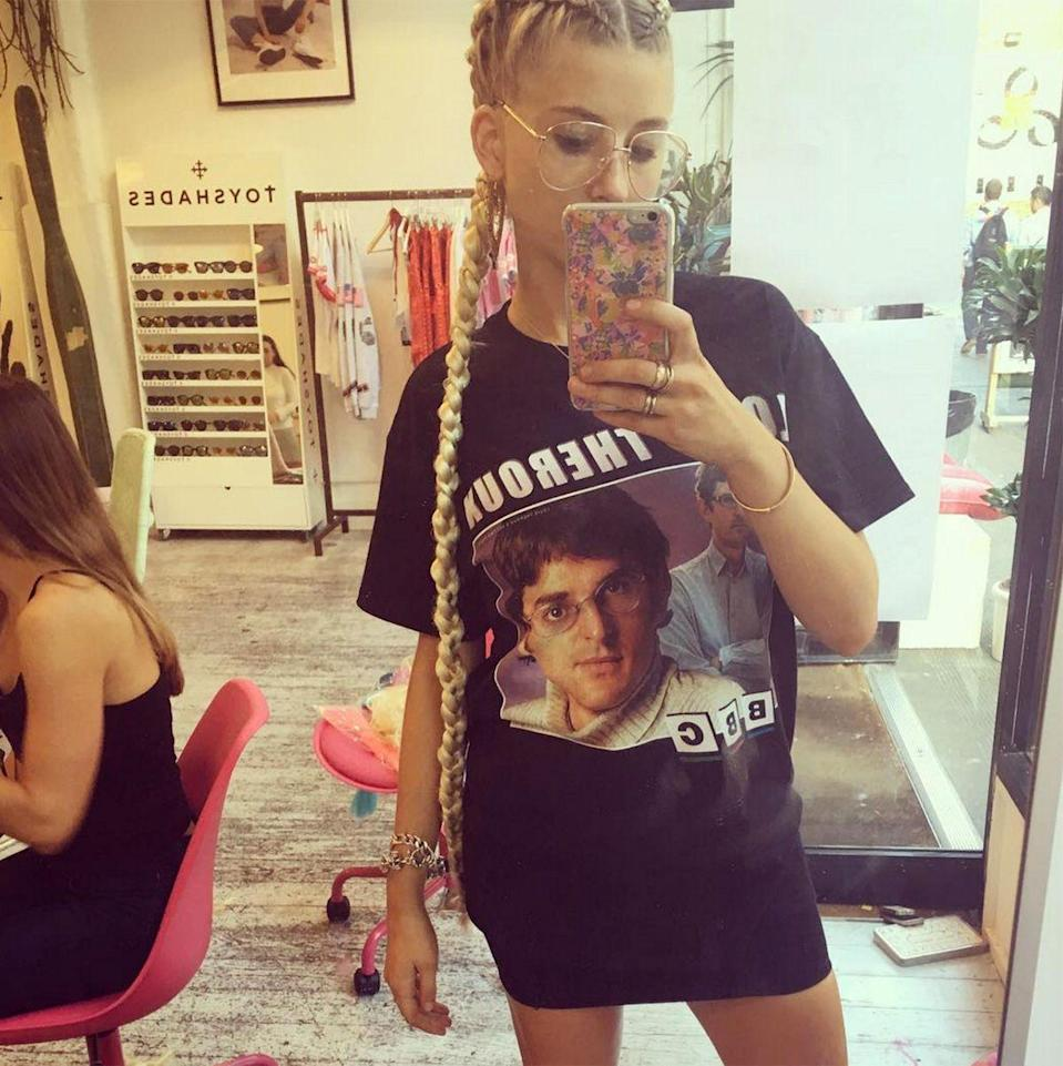 """<p><strong>The Bum-Sweeping Braids</strong></p><p>If you're looking for the best braids in <span>town</span> head to <a href=""""https://www.instagram.com/keashbraids/"""" rel=""""nofollow noopener"""" target=""""_blank"""" data-ylk=""""slk:Keash Braids"""" class=""""link rapid-noclick-resp"""">Keash Braids</a>, where you can get Rapunzel plaits like <a href=""""www.instagram.com/phoebelettice"""" data-ylk=""""slk:Phoebe Lettice"""" class=""""link rapid-noclick-resp"""">Phoebe Lettice</a>, multi-coloured corn rows and countless more complicated designs.</p><span class=""""copyright"""">Photo: via @phoebelettice.</span>"""