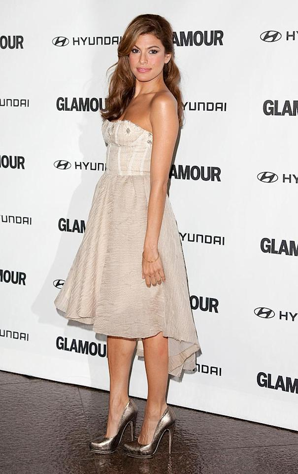 "Also opting for a subtle nude shade was Eva Mendes, who rocked a pretty Lela Rose Spring 2011 frock at the <i>Glamour</i> Reel Moments celebration in Beverly Hills Monday night. Metallic Salvatore Ferragamo pumps perfectly complemented her look. Veronica Summers/<a href=""http://www.splashnewsonline.com"" target=""new"">Splash News</a> - October 25, 2010"