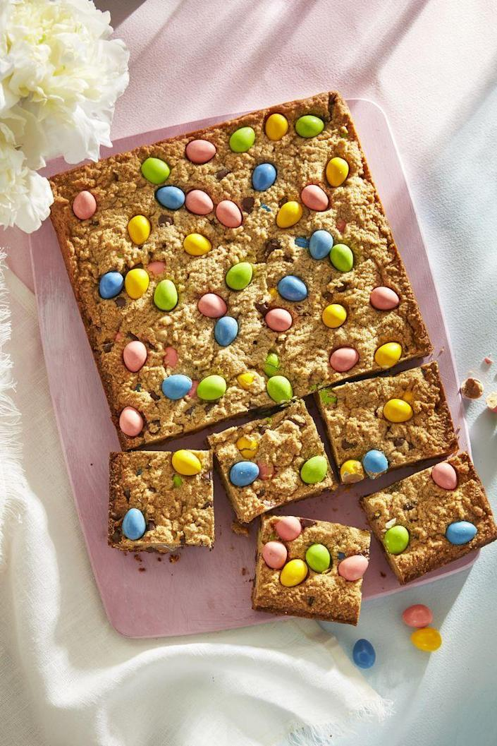 """<p>These blondies are baked and topped with chocolate eggs, so you'll get a taste of peanut butter <em>and </em>chocolate in every single bite. </p><p><em><a href=""""https://www.countryliving.com/food-drinks/a30875809/peanut-butter-and-candy-egg-blondies/"""" rel=""""nofollow noopener"""" target=""""_blank"""" data-ylk=""""slk:Get the recipe at Country Living »"""" class=""""link rapid-noclick-resp"""">Get the recipe at Country Living »</a></em></p>"""