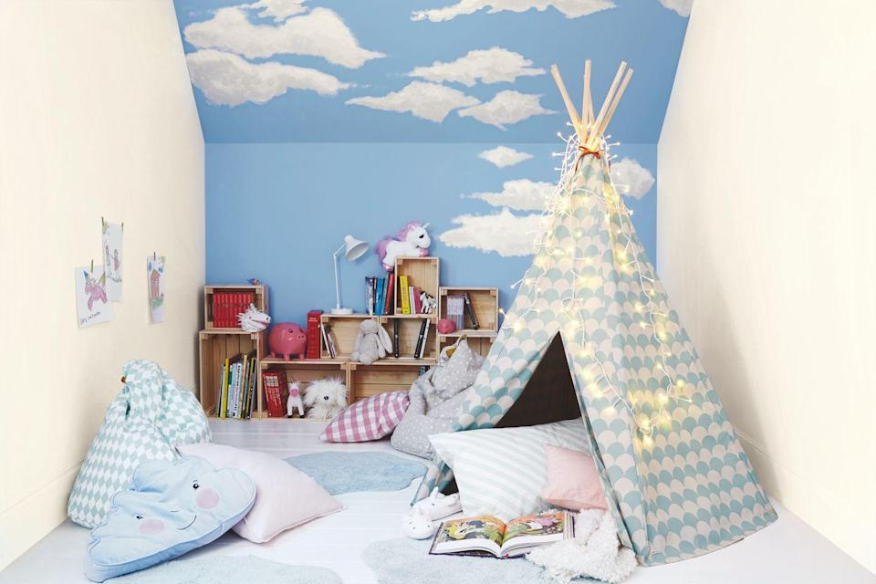 """<p>Give your little ones a space of their own with a thoughtfully-designed space. As well as ensuring it's cosy and fun, it will spark imagination and creativity, too. </p><p>'Contrast pops of colour against this sky blue backdrop for a dynamic and eclectic look – it'll only take a few small accents to give Nordic Sky a whole new outlook. Bright cushions, flowers and artwork can be changed whenever the mood takes you so dive in.'</p><p>Pictured: '<a href=""""https://go.redirectingat.com?id=127X1599956&url=https%3A%2F%2Fwww.homebase.co.uk%2Fdulux-matt-nordic-sky-matt-emulsion-paint-2.5l%2F12809001.html&sref=https%3A%2F%2Fwww.housebeautiful.com%2Fuk%2Fdecorate%2Fwalls%2Fg36128885%2Fcolour-schemes-high-traffic-rooms%2F"""" rel=""""nofollow noopener"""" target=""""_blank"""" data-ylk=""""slk:Nordic Sky' by Dulux"""" class=""""link rapid-noclick-resp"""">Nordic Sky' by Dulux</a><br></p><p><strong>Like this article? <a href=""""https://hearst.emsecure.net/optiext/cr.aspx?ID=DR9UY9ko5HvLAHeexA2ngSL3t49WvQXSjQZAAXe9gg0Rhtz8pxOWix3TXd_WRbE3fnbQEBkC%2BEWZDx"""" rel=""""nofollow noopener"""" target=""""_blank"""" data-ylk=""""slk:Sign up to our newsletter"""" class=""""link rapid-noclick-resp"""">Sign up to our newsletter</a> to get more articles like this delivered straight to your inbox.</strong></p><p><a class=""""link rapid-noclick-resp"""" href=""""https://hearst.emsecure.net/optiext/cr.aspx?ID=DR9UY9ko5HvLAHeexA2ngSL3t49WvQXSjQZAAXe9gg0Rhtz8pxOWix3TXd_WRbE3fnbQEBkC%2BEWZDx"""" rel=""""nofollow noopener"""" target=""""_blank"""" data-ylk=""""slk:SIGN UP"""">SIGN UP</a></p><p>Love what you're reading? Enjoy <a href=""""https://go.redirectingat.com?id=127X1599956&url=https%3A%2F%2Fwww.hearstmagazines.co.uk%2Fhb%2Fhouse-beautiful-magazine-subscription-website&sref=https%3A%2F%2Fwww.housebeautiful.com%2Fuk%2Fdecorate%2Fwalls%2Fg36128885%2Fcolour-schemes-high-traffic-rooms%2F"""" rel=""""nofollow noopener"""" target=""""_blank"""" data-ylk=""""slk:House Beautiful magazine"""" class=""""link rapid-noclick-resp"""">House Beautiful magazine</a> delivered straight to your door every month with Free"""