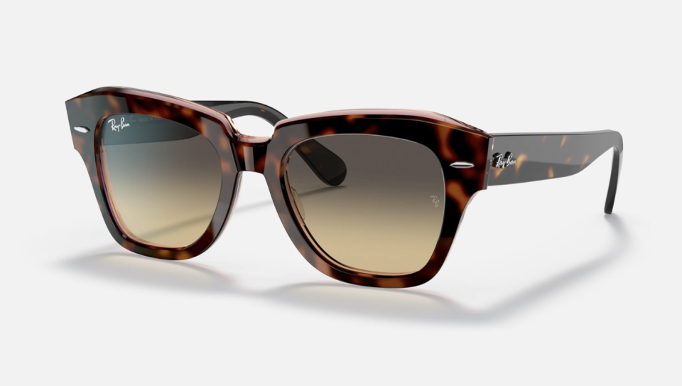 Ray-Ban State Street, pink tortoiseshell frames with a brown/blue gradient lens