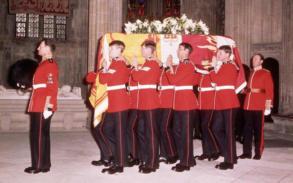 The body of the Duke of Windsor is carried from St George's Chapel -  Bettmann/ Bettmann