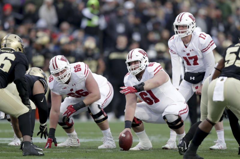 No. 19 Wisconsin to start QB Jack Coan in season opener