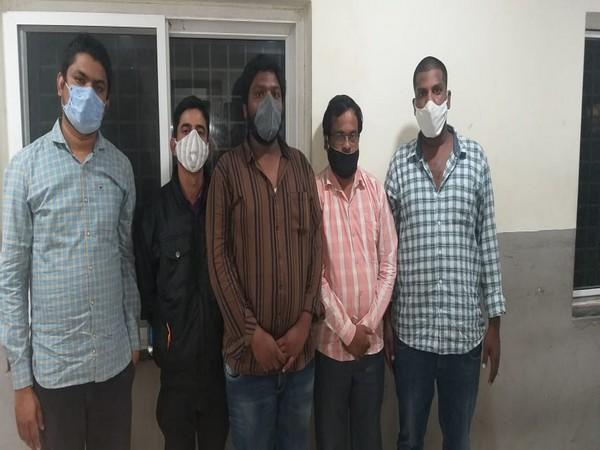 Five people were arrested for gold load fraud.