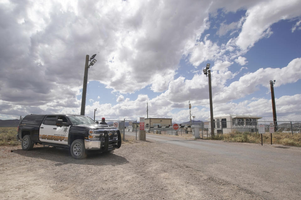 RACHEL, NV - SEPTEMBER, 19: Local sheriffs, stand guard at one of the entrances to  Area 51, on September 19, 2019 in Rachel, Nevada. The Storm Area 51  social media event slated for September 20 & 21, stated online as a challenge to storm Area 51 and find the hidden aliens, a highly secure, secretive, military installation in central Nevada with the slogan, They cant stop us all.  (Photo by George Frey/Getty Images)