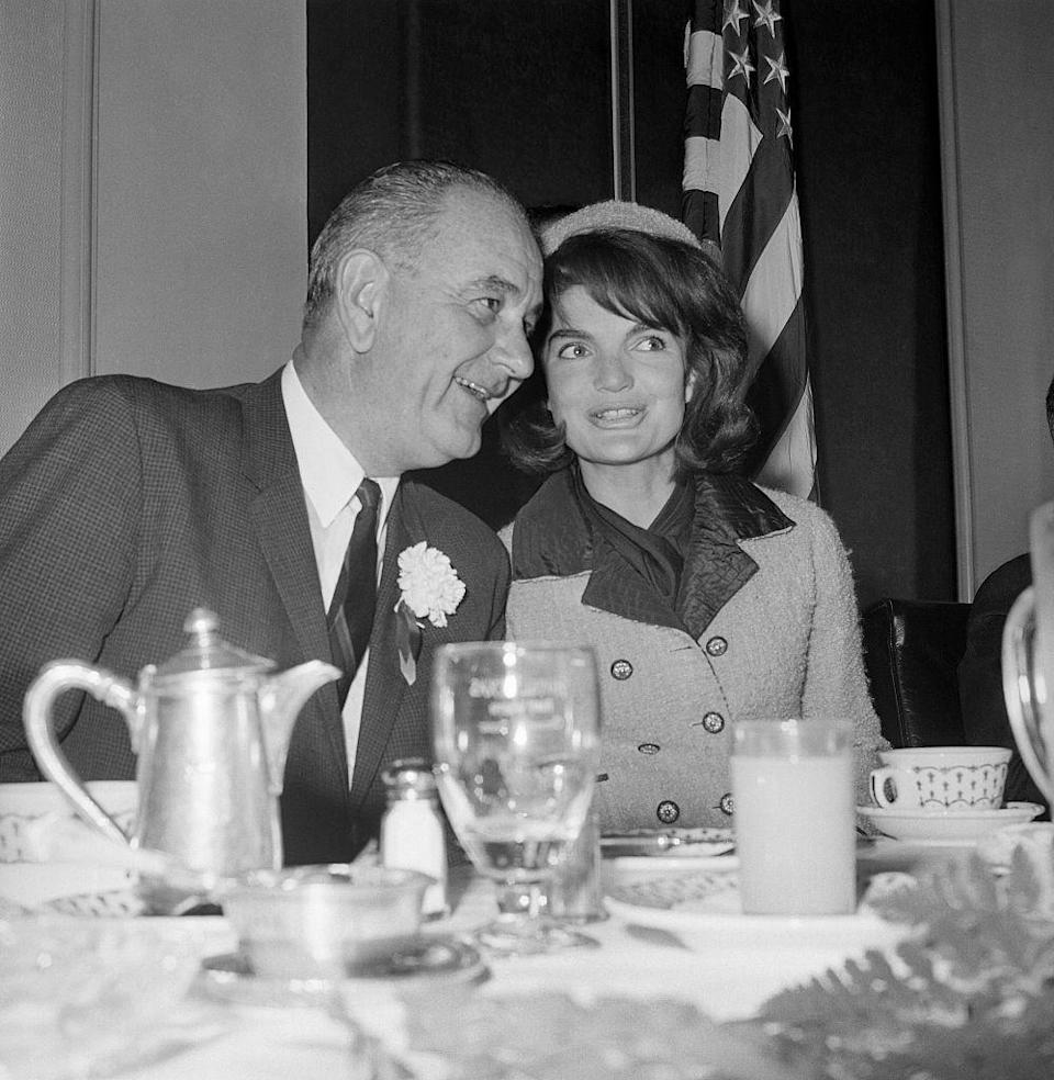 """<p> There doesn't seem to be an official rule about this, but Jackie Kennedy lived in the White House for <a href=""""https://1gm8d73foqeh1436341icth6-wpengine.netdna-ssl.com/wp-content/uploads/CAO-Jackie-Kennedy-Last-White-House-Days.pdf"""" rel=""""nofollow noopener"""" target=""""_blank"""" data-ylk=""""slk:just a couple of weeks"""" class=""""link rapid-noclick-resp"""">just a couple of weeks</a> after President John F. Kennedy's assassination. Shortly after her husband's funeral, she <a href=""""https://blogs.mprnews.org/newscut/2013/11/a-letter-from-jackie/"""" rel=""""nofollow noopener"""" target=""""_blank"""" data-ylk=""""slk:sent a letter to Lyndon Johnson"""" class=""""link rapid-noclick-resp"""">sent a letter to Lyndon Johnson</a> in which she wrote, """"It mustn't be very much help to you your first day in office – to hear children on the lawn at recess. It is just one more example of your kindness that you let them stay – I promise – they will soon be gone.""""</p>"""