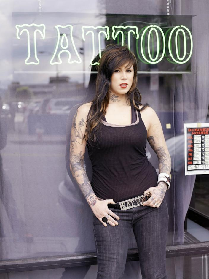 """Kat Von D on the set of TLC's """"Miami Ink,"""" which catapulted her to fame — and a spinoff show of her own called """"L.A. Ink,"""" which was set at her West Hollywood High Voltage tattoo shop. <span class=""""copyright"""">(Andrew Southam / TLC)</span>"""