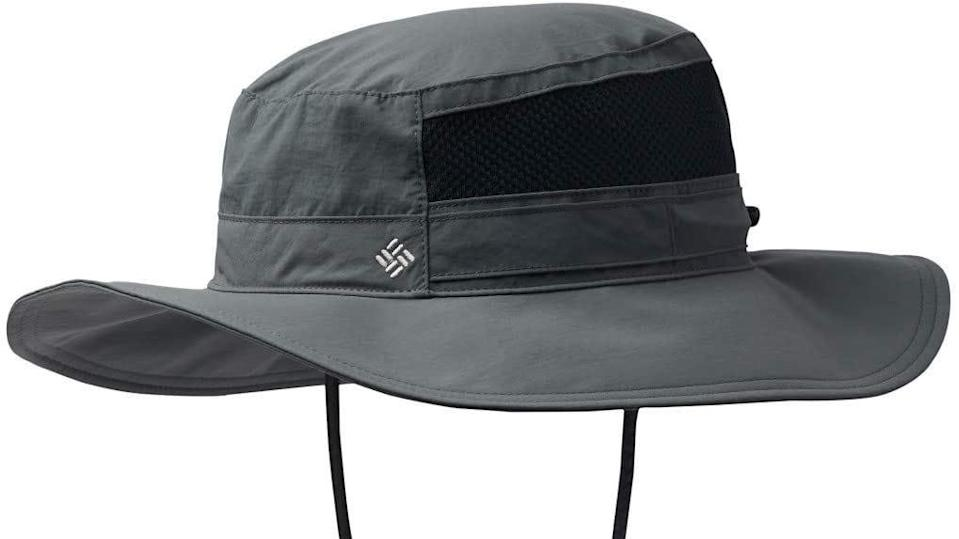 This unisex hat offers protection from the shade and the rain.