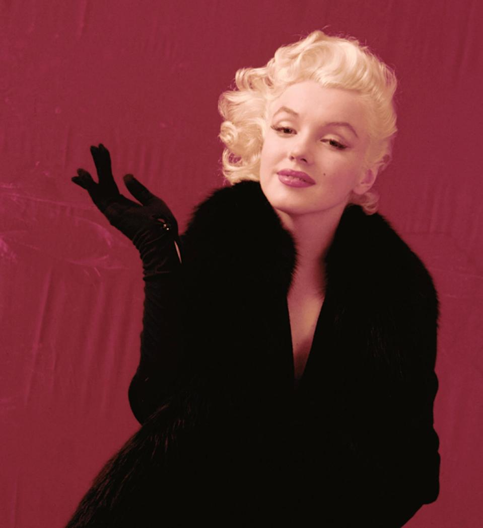 Auction selling copyright with Monroe negatives