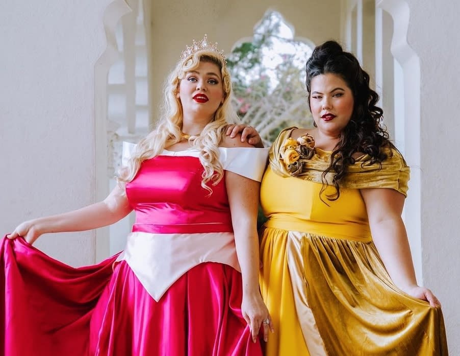 An inclusive manifesto on social networks: for Halloween 2020, Natasha Polis asked her Instagram friends to pose as Disney heroines (#PlusSizePrincessProject).