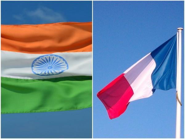 India and French flags