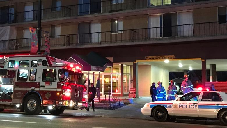Tenants of evacuated Kensington apartment block can go in to get belongings, city says