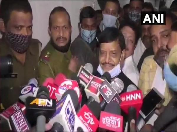 PSP(L) president Shivpal Yadav speaking to reporters in Kanpur. Photo/ANI