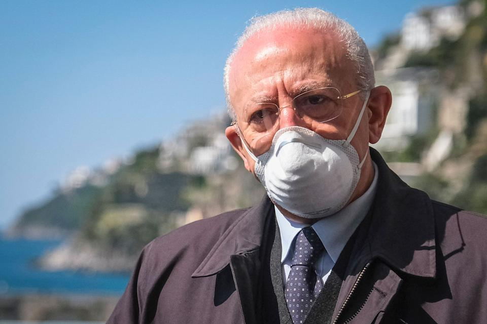 """AMALFI, CAMPANIA, ITALY - 2021/04/24: Vincenzo De Luca President of the Campania Region, attends wearing protective mask to the reopening ceremony of state road 163 """"Amalfitana"""" destroyed by a landslide last February. (Photo by Antonio Balasco/KONTROLAB/LightRocket via Getty Images) (Photo: KONTROLAB via Getty Images)"""