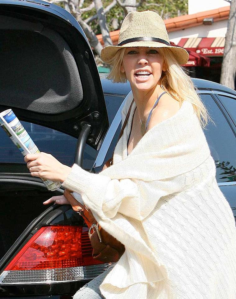 """Despite screaming at the swarming photographers, the blonde bombshell looks fabulous for 46. Any rumors regarding a recent breakdown and 9-1-1 call must be false. AlphaX/<a href=""""http://www.x17online.com"""" target=""""new"""">X17 Online</a> - March 14, 2008"""