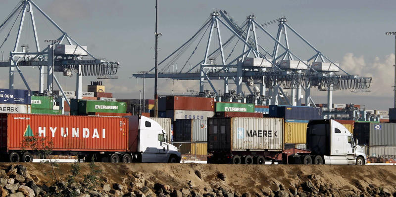 US trade deficit narrowed to $40.8 billion in September