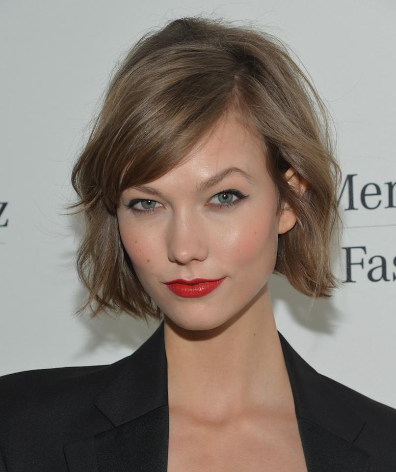 """When supermodel <a rel=""""nofollow"""" title=""""karlie kloss cut her hair into a bob"""" href=""""http://stylecaster.com/beauty-high/trend-alert-karlie-kloss-bob/""""><b>Karlie Kloss</b>cut her hair into a bob</a>, the world followed suit. Texturized with a bit of a wave and blown out bangs, Karlie's hair is finished yet fresh."""