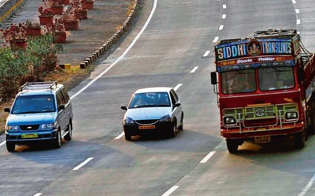 <p>The road transport and highways ministry is exploring the use of new material and technologies like  bio-enzymes made from plants and vegetables and thermal insulators for  making highways.</p>