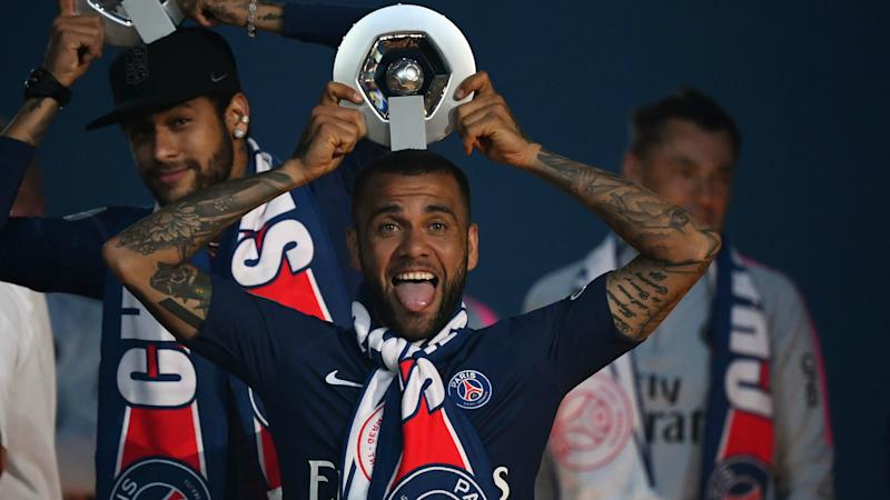 Dani Alves to leave PSG but defender has not revealed future plans