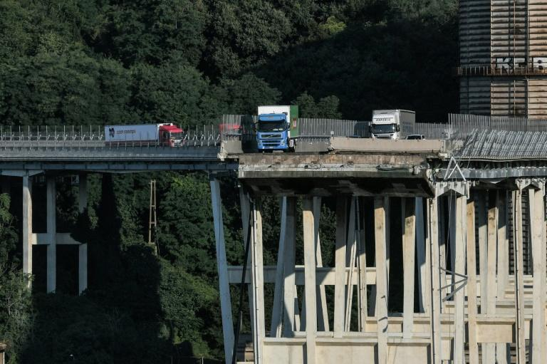Genoa's Morandi bridge buckled without warning on Tuesday, sending cars, trucks and huge chunks of concrete plunging 45 metres (150 feet) onto railway tracks below