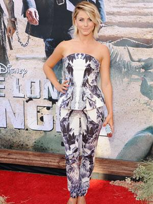 "<div class=""caption-credit""> Photo by: Getty Images</div><div class=""caption-title"">Print overload</div>Peplum: Adorable <br> Cigarette pants: Cute <br> Choppy bob: Totally chic <br> Looking like my grandmother's couch: Probably not the look Julianne Hough was going for when she put on this matchy-matchy ensemble. Kudos to her for taking a fashion risk &mash; and seriously, she even looks great in this outfit - but if you want to do a print on both top and bottom, please differentiate between the two. Rachel Roy has <a rel=""nofollow"" href=""http://www.redbookmag.com/beauty-fashion/tips-advice/how-to-wear-prints?link=rel&dom=yah_life&src=syn&con=blog_redbook&mag=rbk"" target="""">expert advice</a> for pulling it off. <br> <br> <b>More from REDBOOK <br></b> <ul>  <li>  <b><a rel=""nofollow"" href=""http://www.redbookmag.com/beauty-fashion/celebrity-hairstyles/summer-hair-trends-2013?link=rel&dom=yah_life&src=syn&con=blog_redbook&mag=rbk"" target="""">The Quickest, Easiest Summer Hairstyles Ever</a></b>  </li>  <li>  <b><a rel=""nofollow"" href=""http://www.redbookmag.com/beauty-fashion/tips-advice/feel-sexy?link=rel&dom=yah_life&src=syn&con=blog_redbook&mag=rbk"" target="""">50 Simple Little Ways to Feel Sexy</a></b>  </li> </ul>"