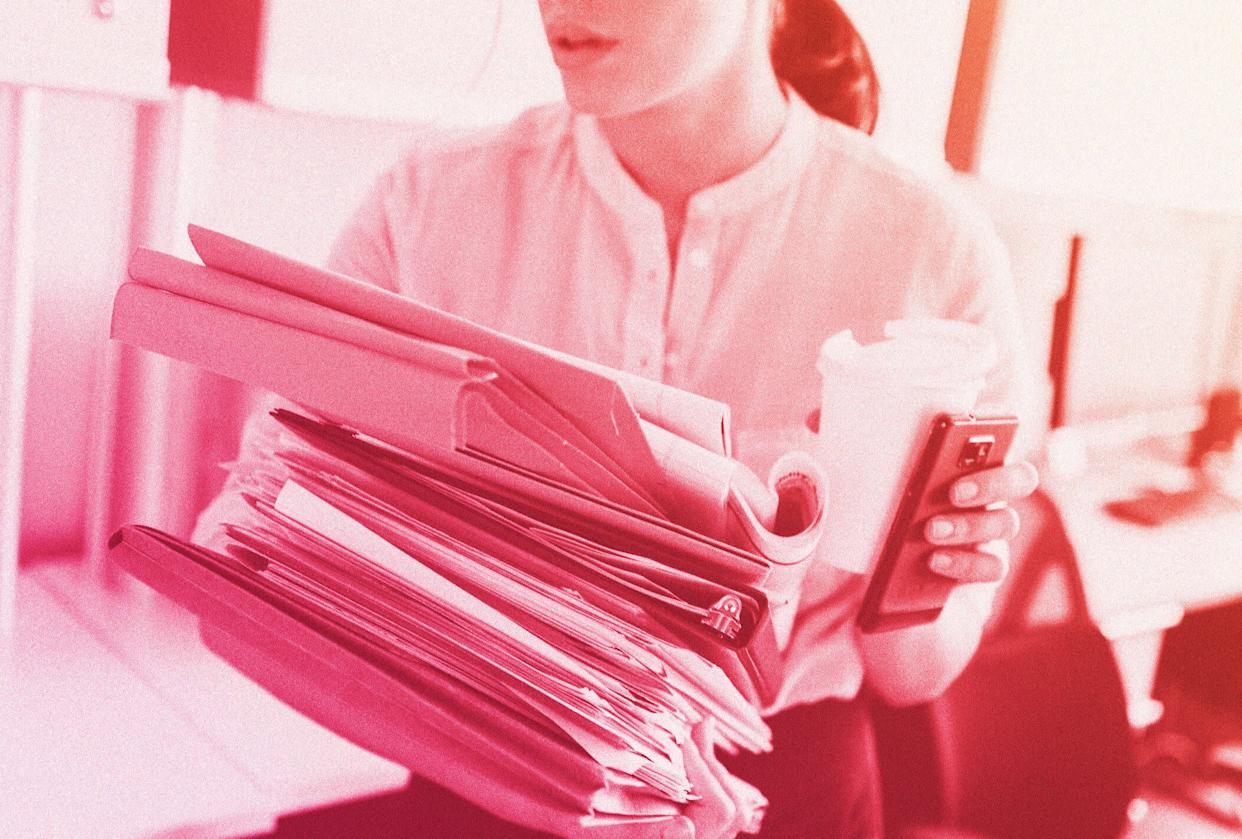 Some managers and co-workers assume that single people don't have a life and don't deserve a pay raise.  (Photo: HuffPost Illustration/Getty Images)